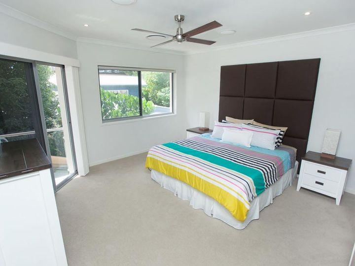 2/32 Tedder Avenue, Main Beach, QLD
