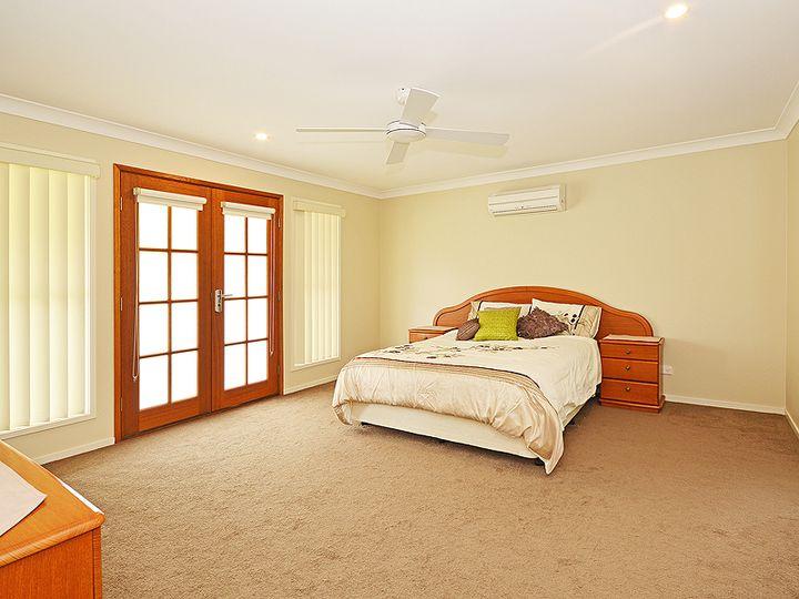25 Buncrana Terrace, Banora Point, NSW