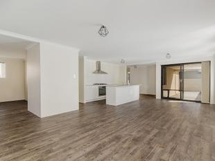 LOVELY 4X2 OPPOSITE PARK NEEDS TO GO, MAKE AN OFFER! - Baldivis