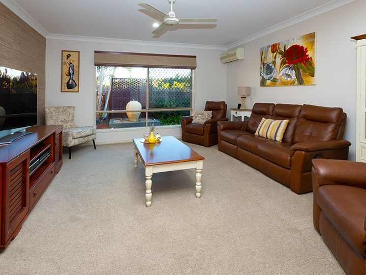6 Flordabelle Place, Heritage Park, QLD