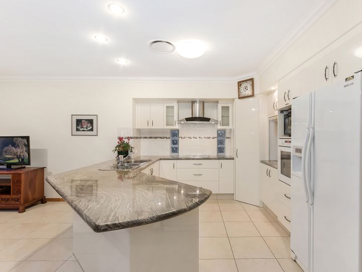 22 Temple Island Circuit, Oxenford, QLD