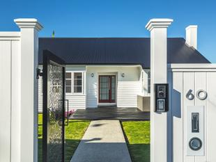 Spacious and Stylish Family Home - Remuera