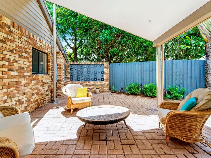 3 Lavinia Street, Southport, QLD