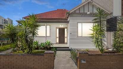 33 Victoria Street, Footscray