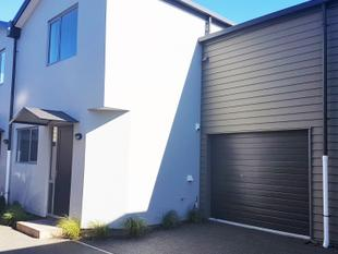 Brand New Townhouse Close To City - Buy Now !! - Addington