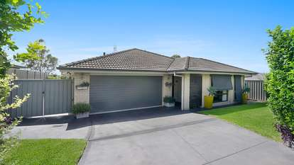 8 Portabello Crescent, Thornton