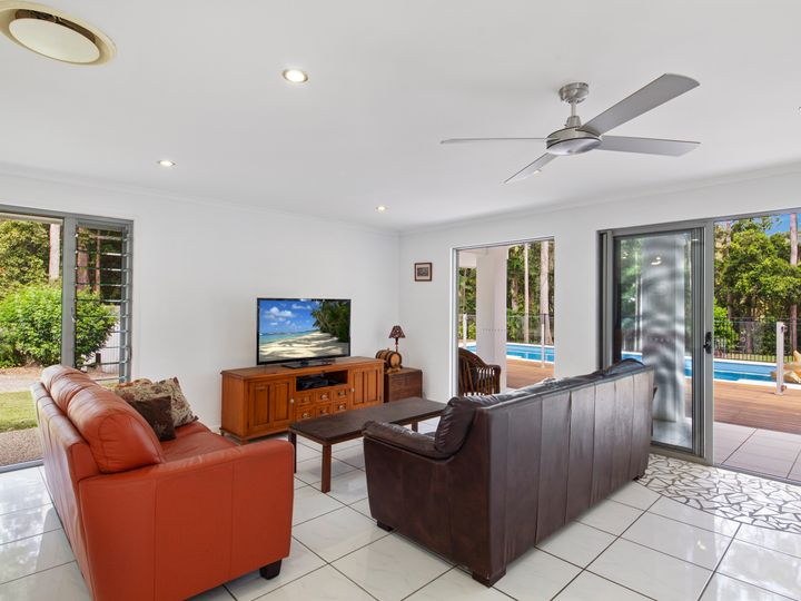 52 De Zen Road, Palmview, QLD