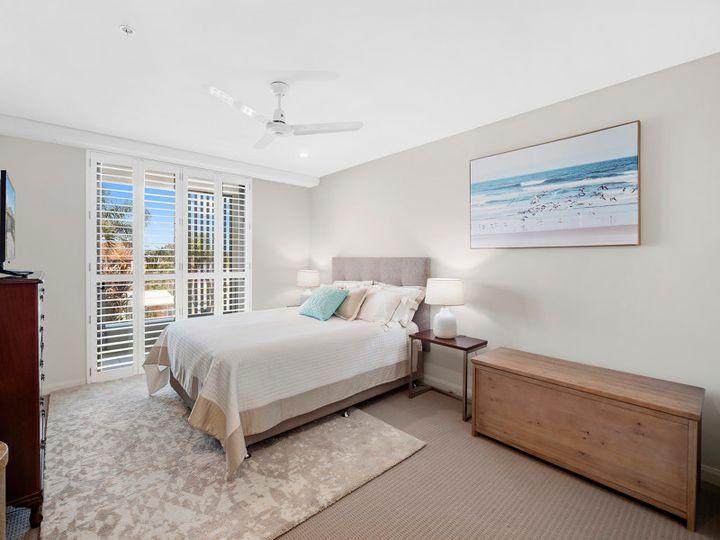 202/28 Musgrave Street, Coolangatta, QLD
