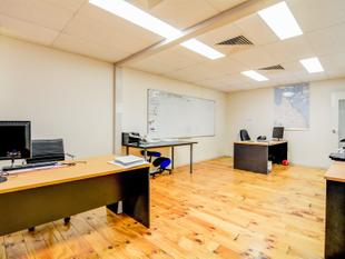 82m2* TINGALPA OFFICE WITH FIT OUT - Tingalpa