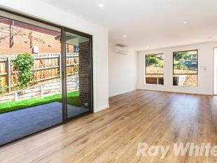 Luxury Townhouse - Doncaster East