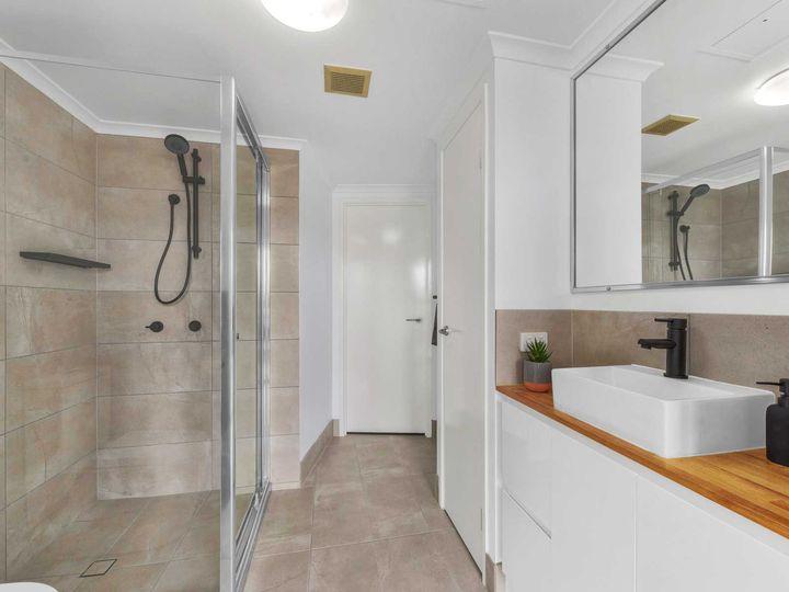 54/15 Kitchener Street, Coorparoo, QLD