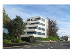 IN THE HEART OF TAURANGA CITY - APARTMENT 2A - Tauranga Central