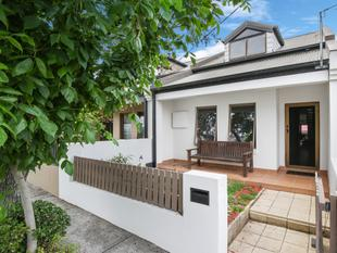 Contemporary two-level semi on deep 183sqm block - Newtown