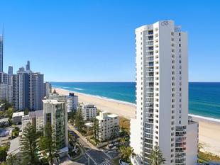 Pet friendly -  Half floor apartment directly opposite the beach! - Surfers Paradise