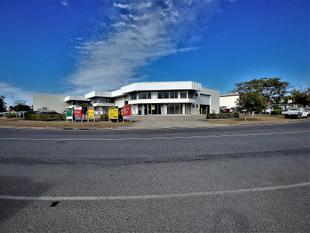 FANTASTIC VALUE! 472sqm* OFFICE/ WAREHOUSE - Rocklea