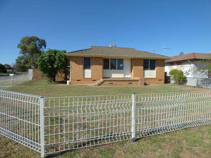 14 Cedar Crescent, Forbes, NSW