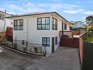 Freehold  Affordable  Central Location - Mount Wellington