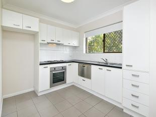 Peaceful, Private and Elevated! Walk to Everything! - Chermside