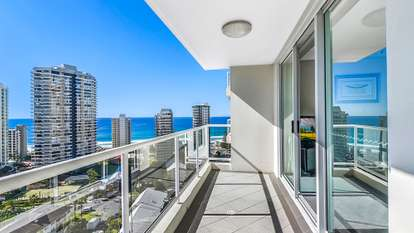 81/15 Breaker Street, Main Beach