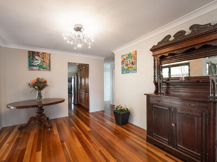 3 Meadow Place, Middle Park, QLD