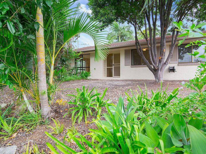 3 Acacia Place, Camira, QLD