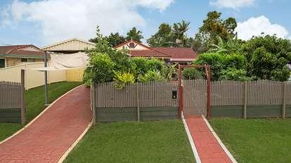 2 Roseann Street, Kallangur
