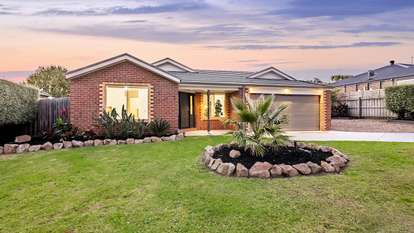 3 Muirfield Close, Cranbourne