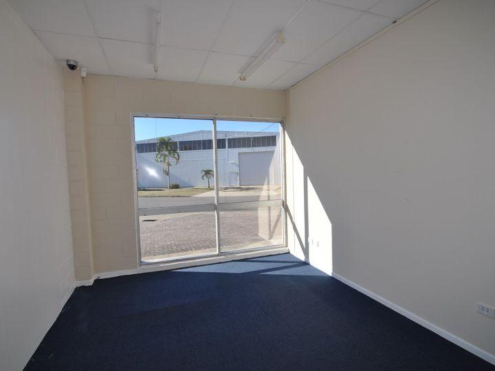 Unit 1, 62 Keane Street, Currajong, QLD