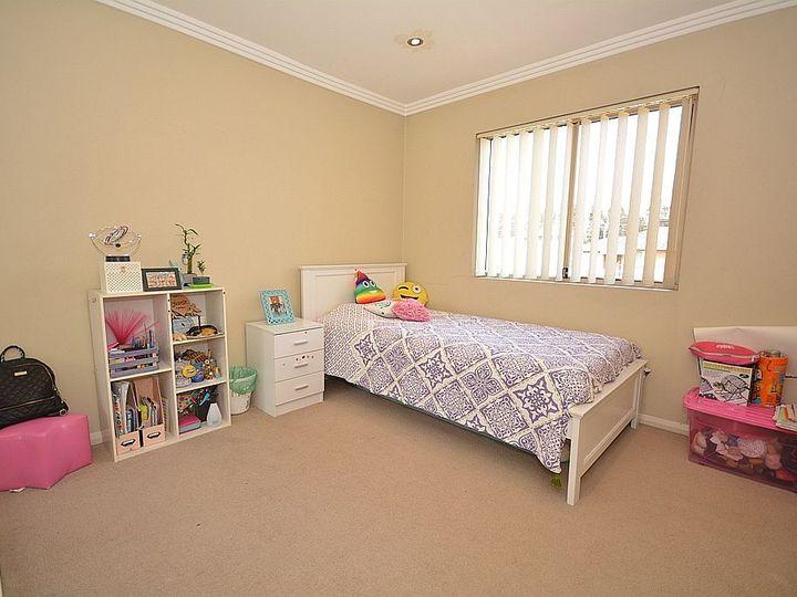 25 Braeside Road, Greystanes, NSW