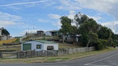 10 Forest Road, Waitarere Beach