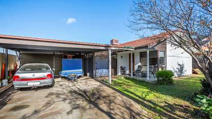 24 Bayview Crescent, Hoppers Crossing