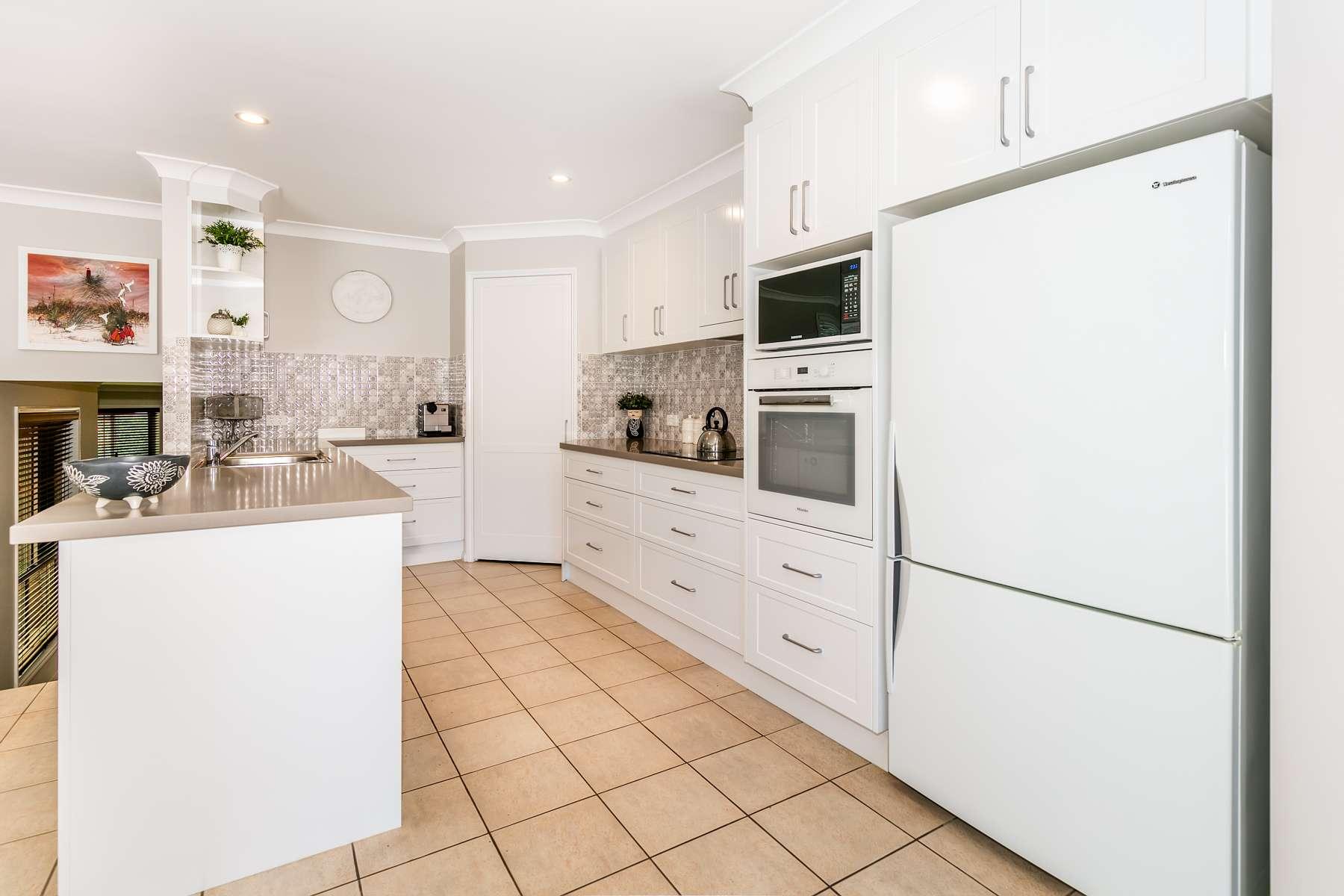 16 Farr-Jones Court, Daisy Hill, QLD 4127