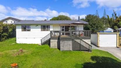 62 Gledstane Road, Stanmore Bay