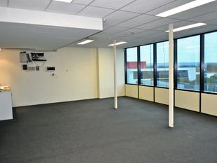 Practical, Professional Office Suite - Southport