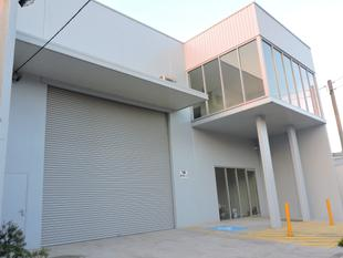 BRAND NEW 475 m2 (approx) Office / Warehouse close to M5 Motorway - Rockdale