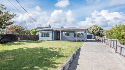 26 Michael Road, Paraparaumu Beach