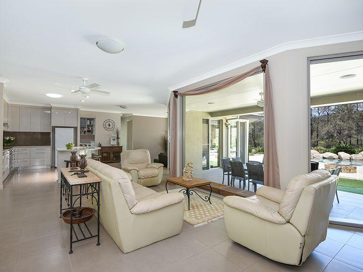 1717 Flagstone Creek Road, Upper Flagstone, QLD