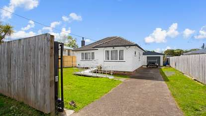 55 Beaubank Road, Kelston