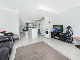 SPACIOUS 3 BEDROOMS TOWNHOUSE - Granville