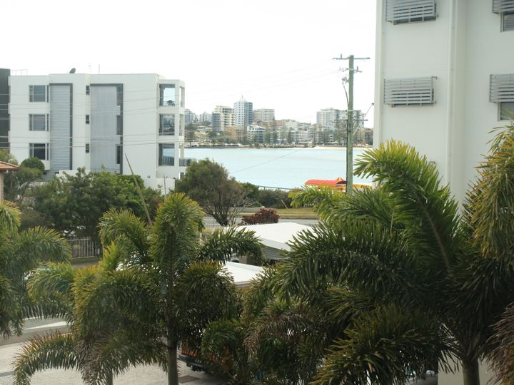Unit 5/4 Oxley Street, Golden Beach, QLD