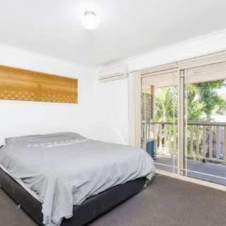 Thumbnail of 2/15 Ridge Street, Greenslopes, QLD 4120