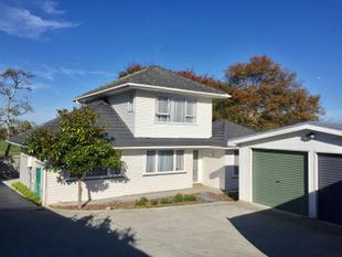 Definitely For Sale - Pakuranga