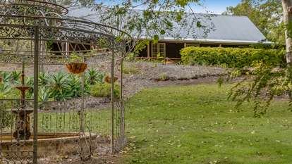 24 Jones Road, Withcott