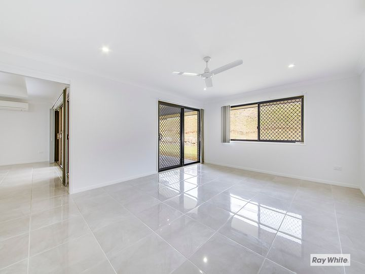 15 Bells Court, Rosslyn, QLD