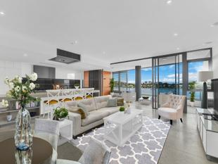 5 Star riverfront living in Newstead - Newstead