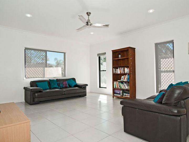 2/11 Allamanda Avenue, Buderim, QLD