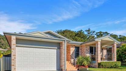 92 Coolawin Circle, Narara