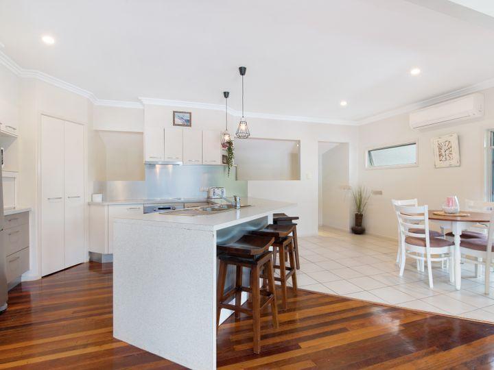 39 Roderick Street, Moffat Beach, QLD