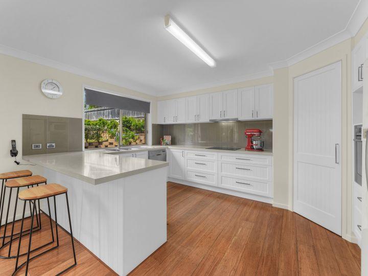 13 Glenvillan Place, Bridgeman Downs, QLD