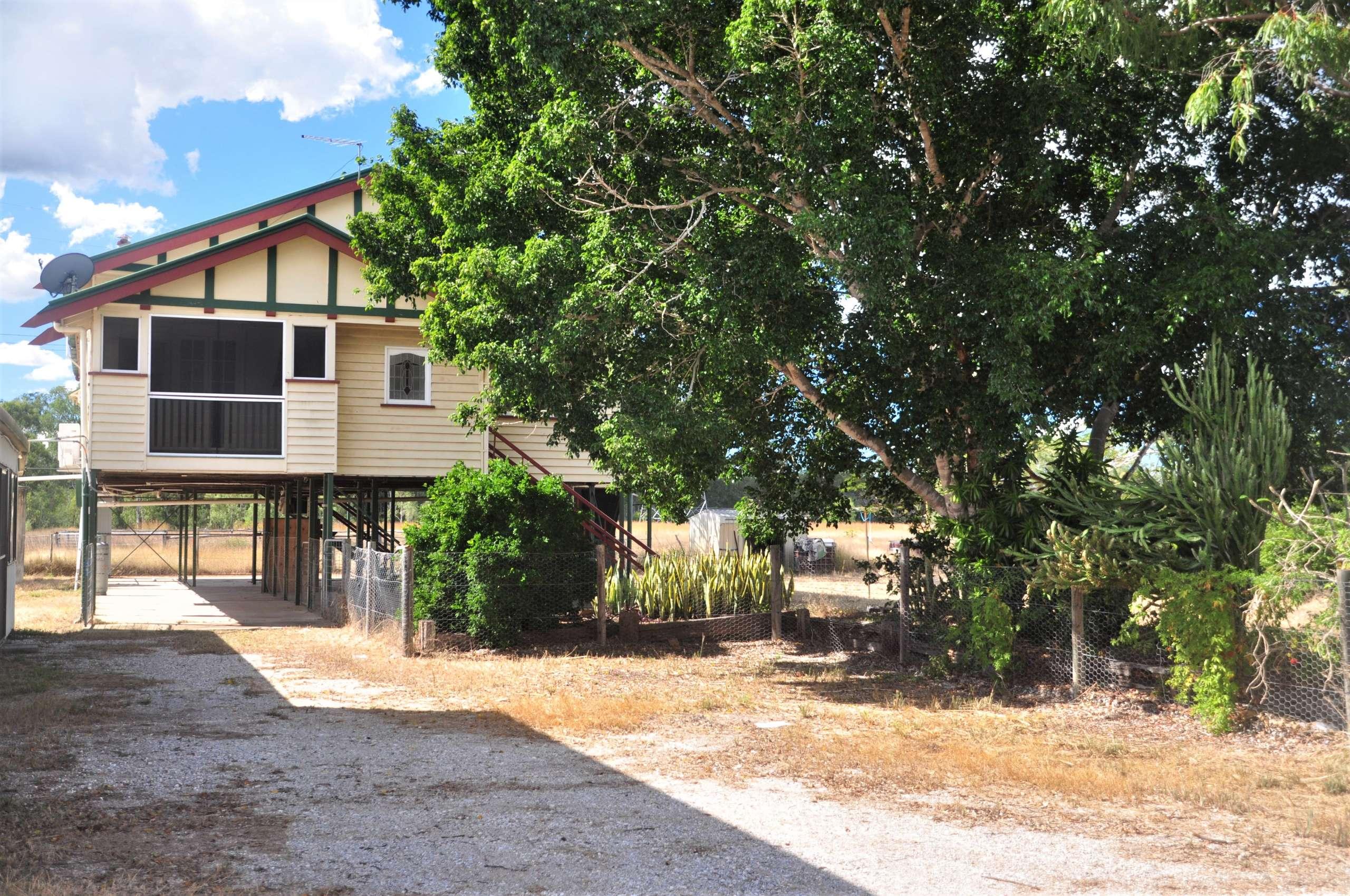 60 Raglan Station Road, Ambrose, QLD 4695